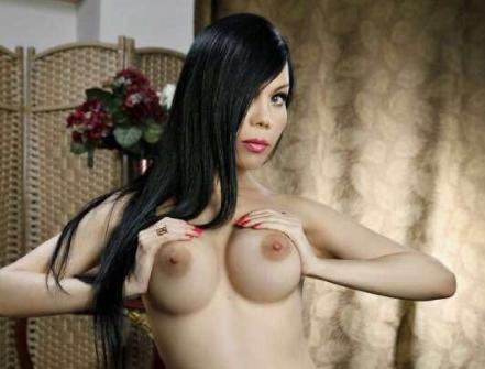 Проститутка с силиконовой грудью